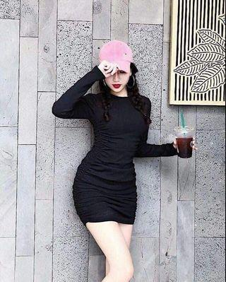 Black Bodycon Dress have 2 color white and black