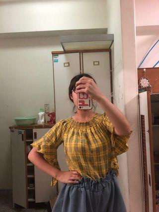 🚚 黃色格子上衣