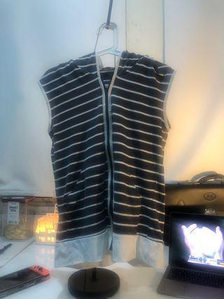 Hoodie sleeveless - hoodie singlet - outwear (BNWT)