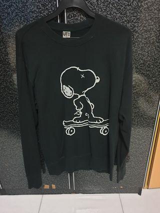 Kaws x uniqlo peanut pullover