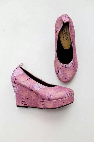 Wedges lily