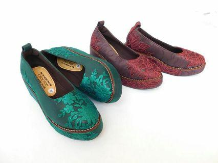 Wedges lace limited edition