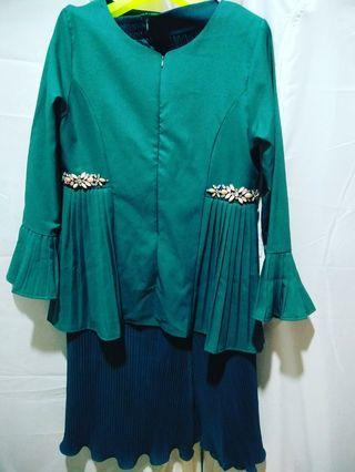 Kurung pleated