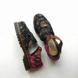 Betty shoe