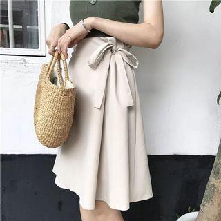 全新杏色高腰 A 字裙 / 100% New Beige High-waisted Skirt
