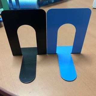 🚚 Brand New book end / book divider / book stand - $3/pc