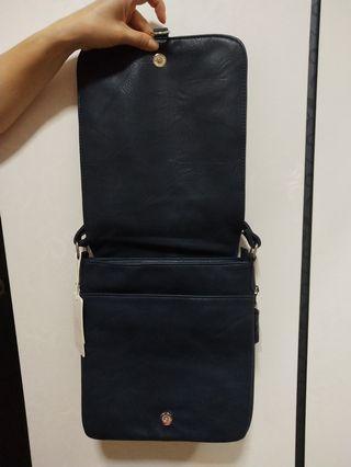 🚚 Mens sling bag dark Blue colour