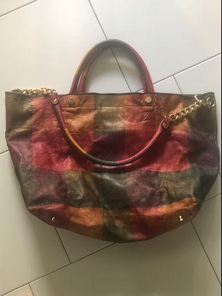 🚚 Chat chat authentic roomy handbag
