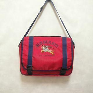 三件7折🎊 Burberry 肩背包 側背包 書包 紅 大電繡logo 極稀有 英格蘭製 老品 復古 古著 Vintage