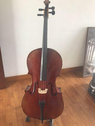1/2 cello with great sound