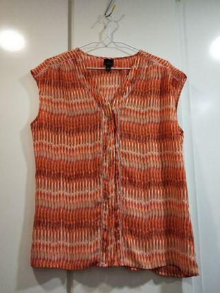 🚚 Plus Sized Orange Patterned Top