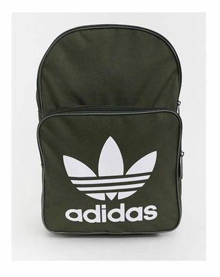 🚚 ADIDAS. OLIVE-GREEN. ADIDAS Original Large Trefoil Logo Backpack in Dark Olive Green. INNER LAPTOP SLEEVE  FOR 15inch laptop or Tablet. Unisex Backpack. AUTHENTIC