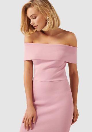 🚚 Forever New Opal Bardot off shoulder dress