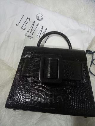 Jemmi doris sling bag