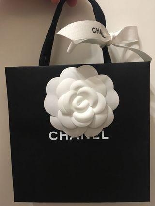Chanel 紙袋