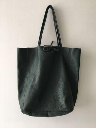 L'INTERVALLE COLETTE GREEN LEATHER TOTE