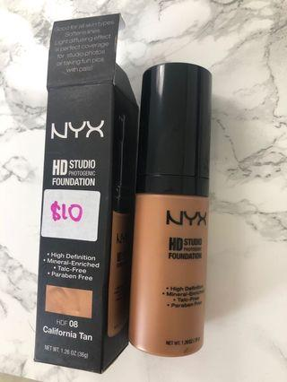 Nyx HD foundation - California Tan