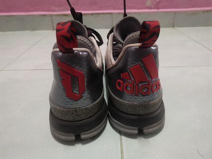 Adidas dame basketball