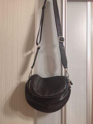 Lalu Black crossbody Bag