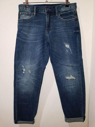 Denim Ripped Boyfriend Jeans (Mildly ripped)