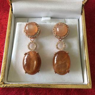(Reserved) Brown moonstone and sunstone earrings