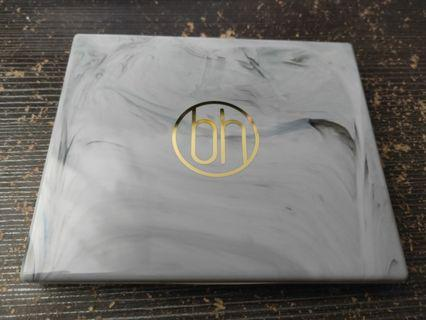 BH cosmetics white marble eyeshadow palette