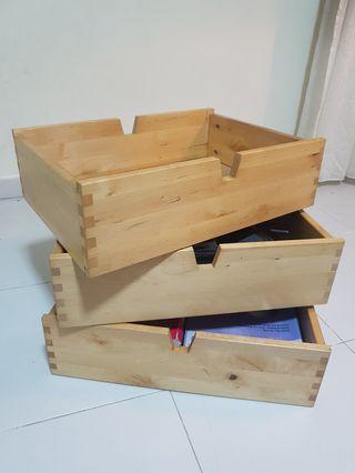 🚚 Wooden storage