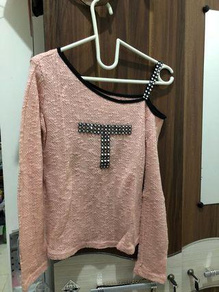 Top one shoulder pink