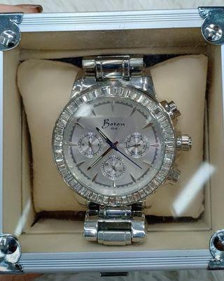Boton Watch
