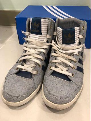 Adidas original 球鞋