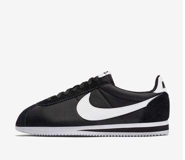 🚚 Nike Classic Cortez Nylon