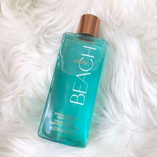 Bath & Body Works Signature Collection AT THE BEACH Shea & Vitamin E Shower Gel 236ml