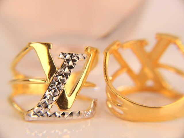 2193539de2b 916 gold LV Ring on Carousell
