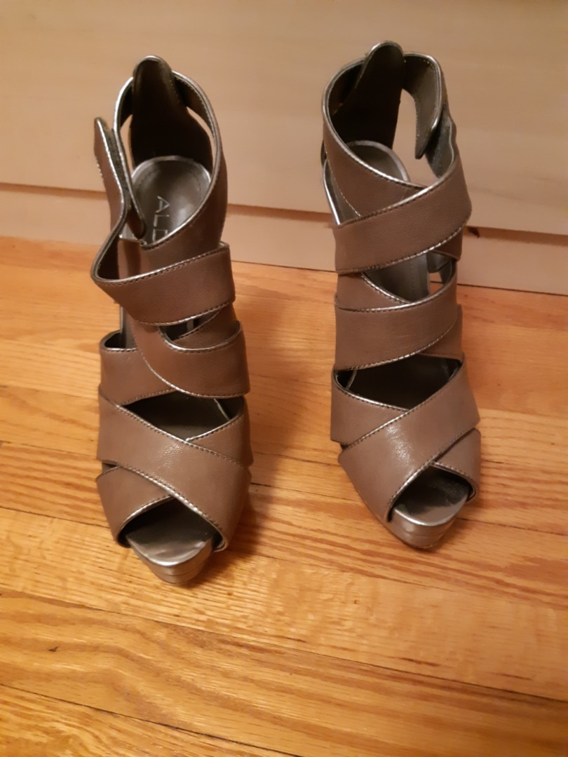 Aldo heels size 8- tan/brown Barely used