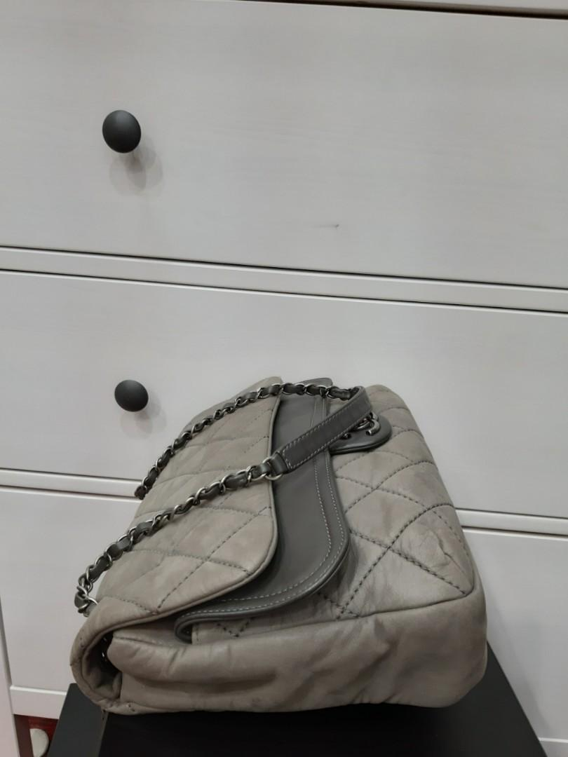AUTHENTIC CHANEL SEASONAL FLAP BAG - CALFSKIN LEATHER- CLEAN INTERIOR,  GOOD CONDITION -