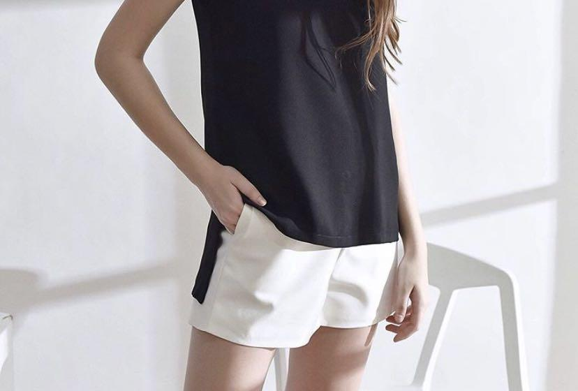 BN chocochipa white shorts
