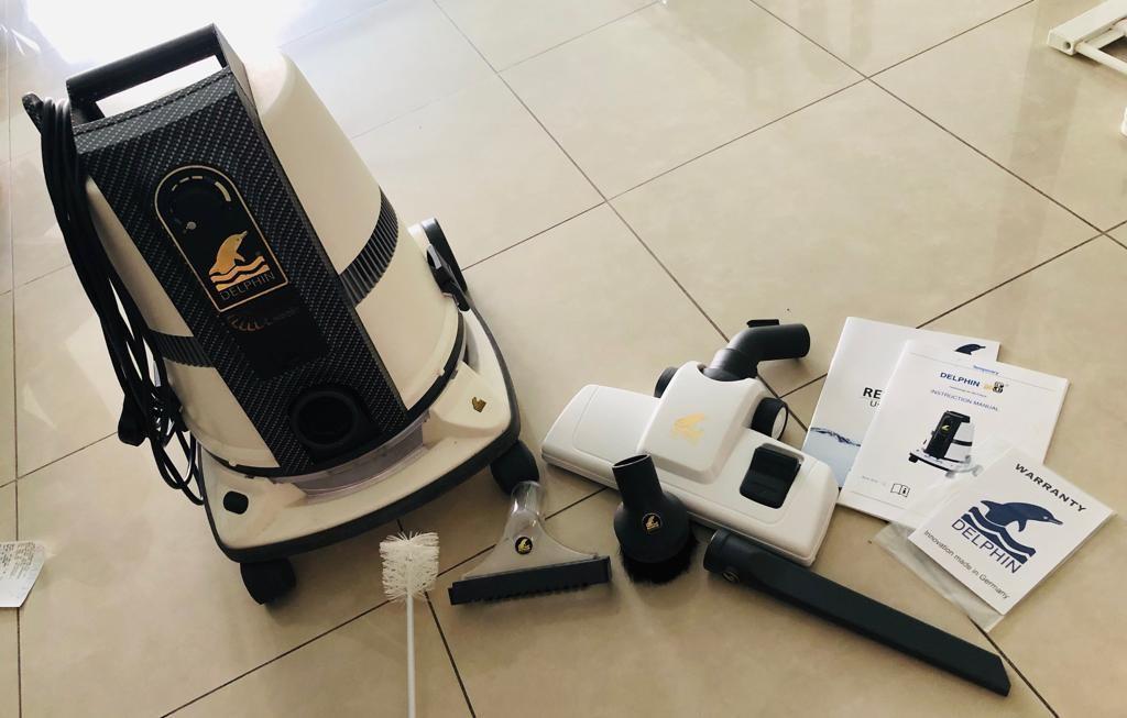 Delphin Vacuum Cleaner DPS8