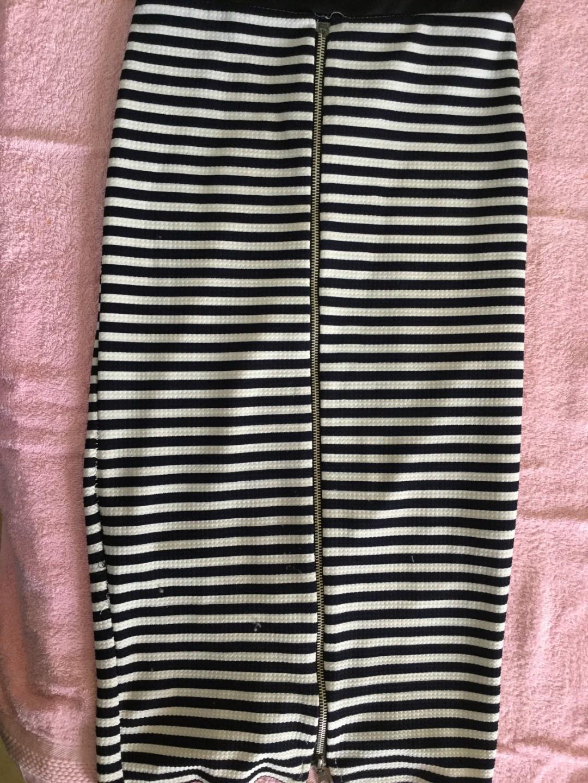 Dress Black and White Scuba Tebal