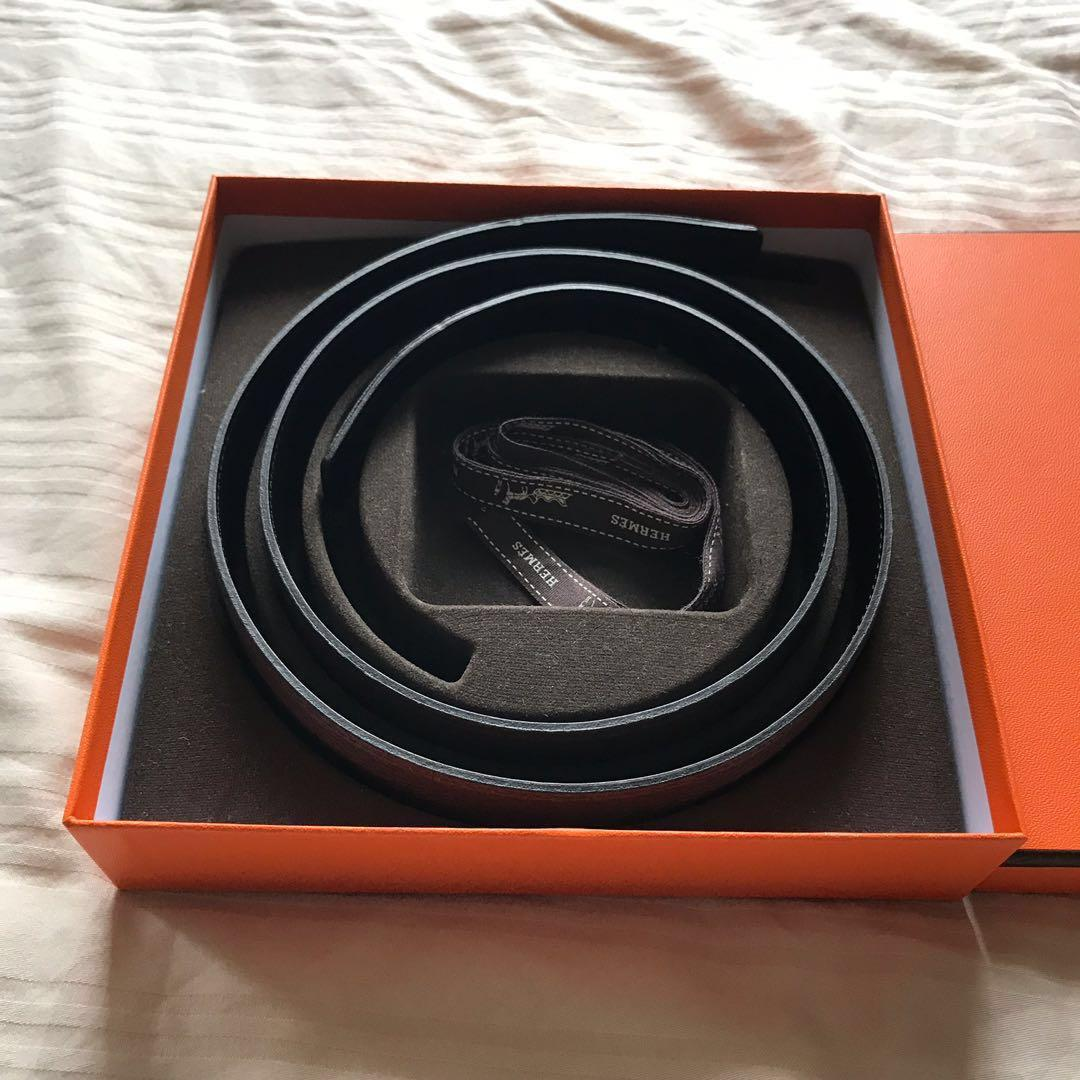Hermes 32mm belt - reversible black/chocolate brown Togo leather in mint condition (strap only)