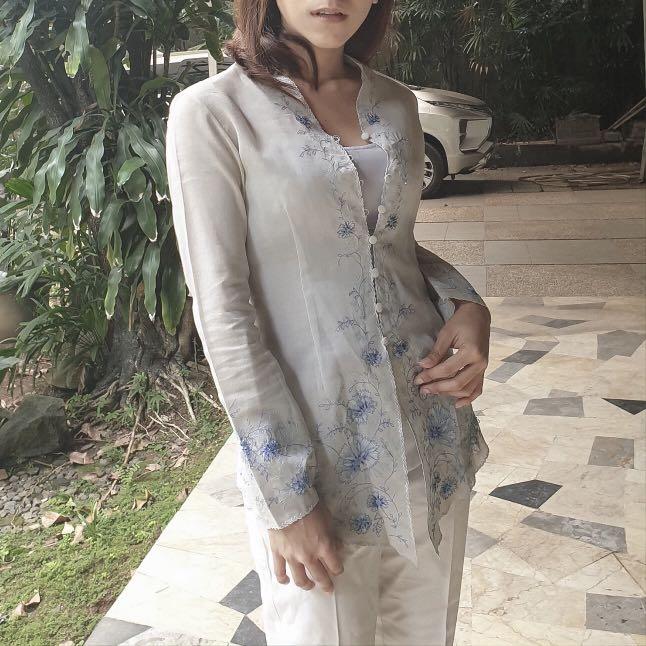 Kebaya Muslim Biru Muda Women S Fashion Women S Clothes Tops On