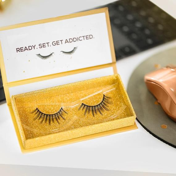 0e56c96ed82 Lashaholic Luxury Lashes in Instaglam Special Edition, Health & Beauty,  Makeup on Carousell