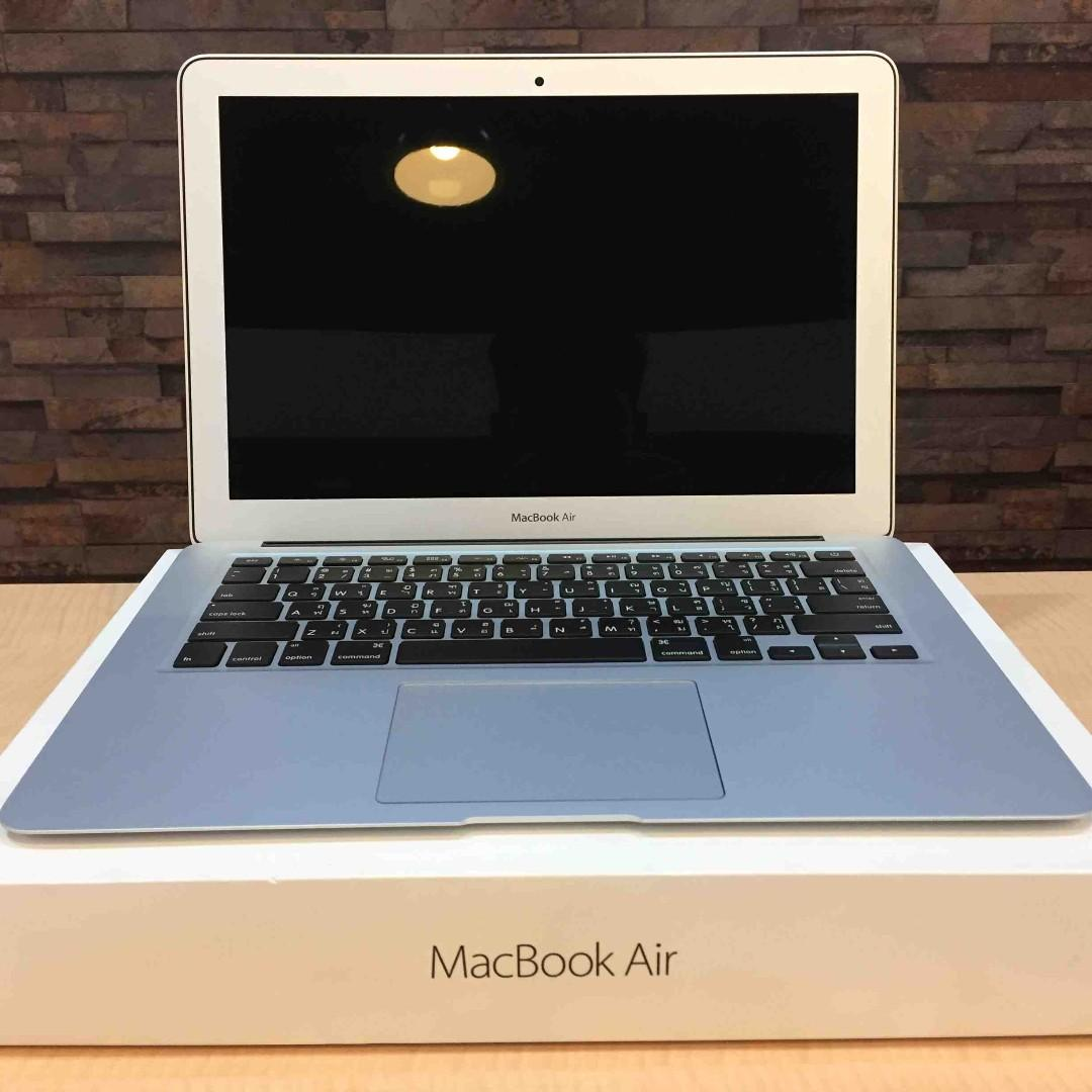 """Macbook Air (13"""" Early 2015) $550 Rarely Used"""