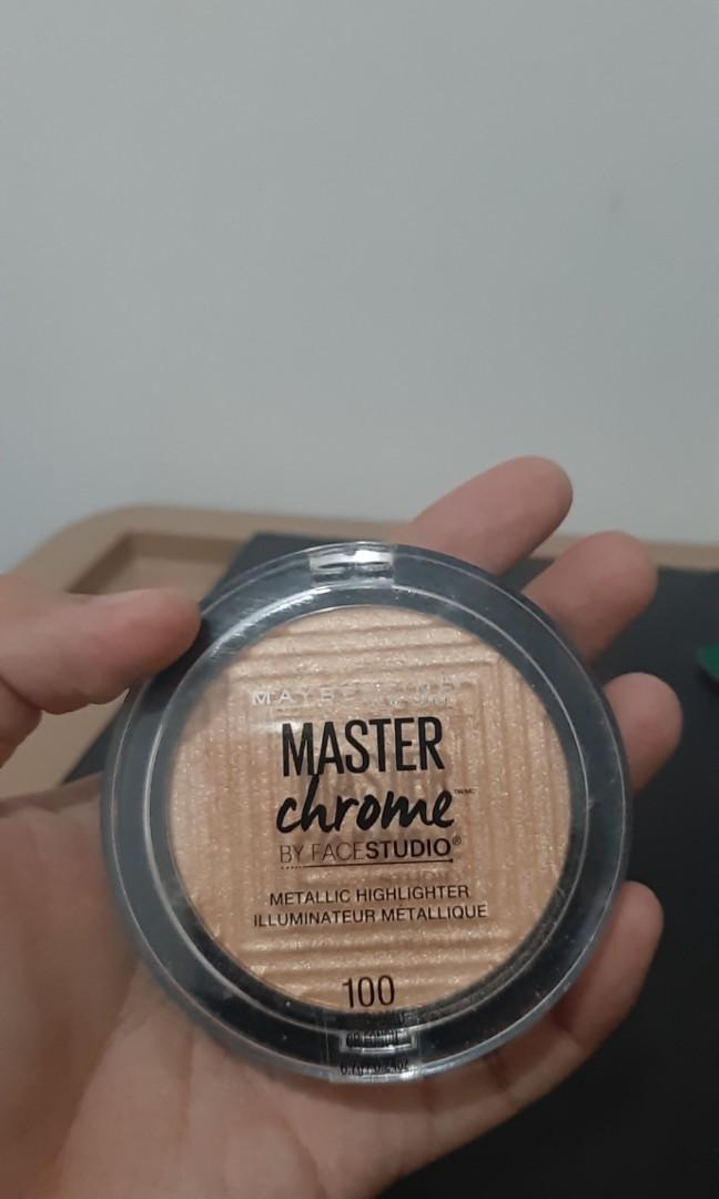 Maybelline master chrome molten gold highlighter