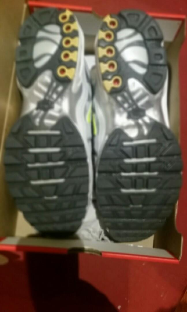 Nike Air Max Plus TN SE space grey volt US11 shoes tns sneakers
