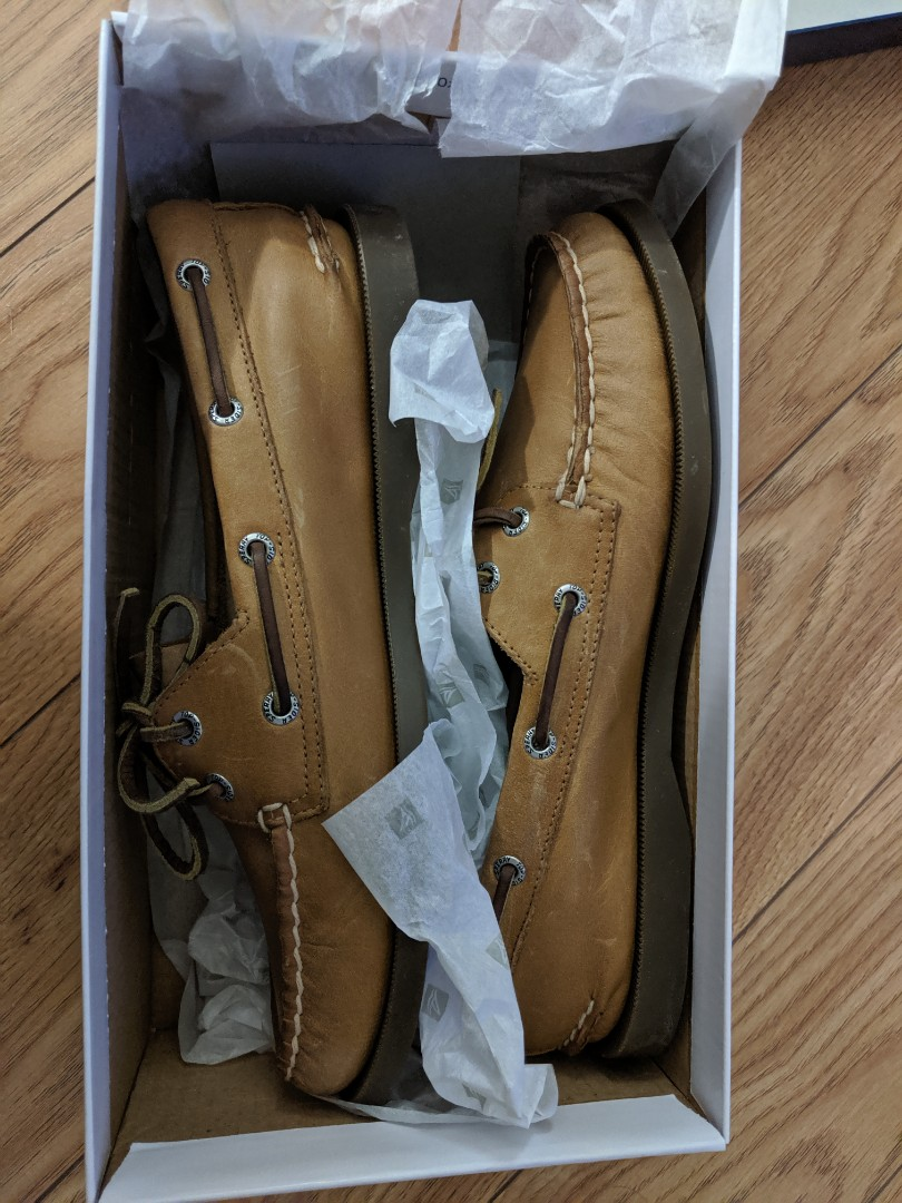 NWT Sperry Top-Sider Women's Authentic Sahara 2-Eye Boat Shoe