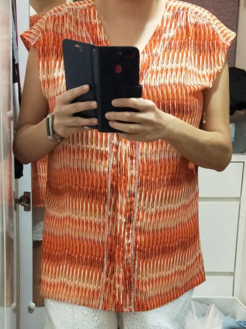 Plus Sized Orange Patterned Top