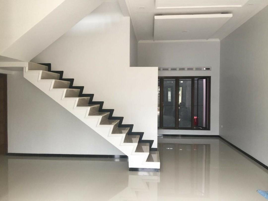 Rumah Baru cantik, 2 lantai di daerah pekapuran Depok