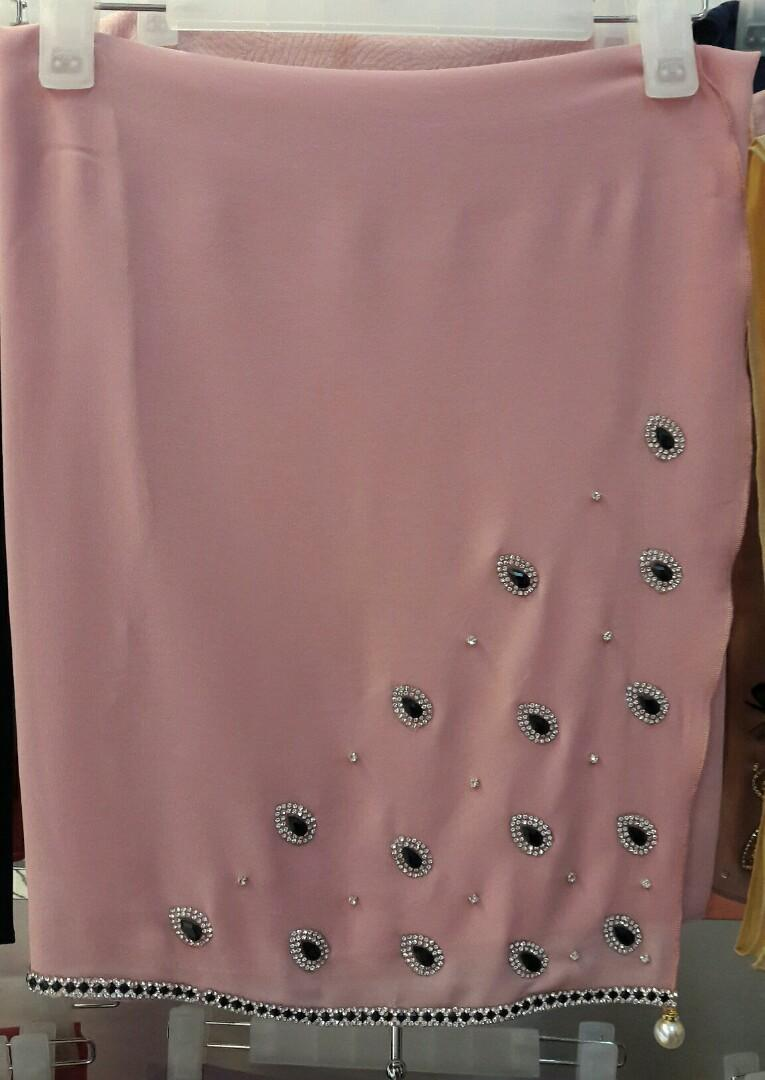 Semi-instant chiffon shawl berbatu rhinestone