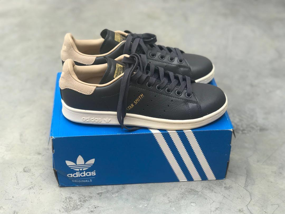 Sepatu Adidas Originals Stan Smith Womens Black Beige size 39 1/3