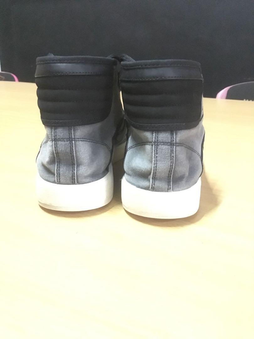 Sepatu Jordan sky high Og.